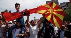 skopje-protest-new-flag-of-macedonia